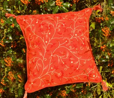 Red vine Christmas cushion cover   