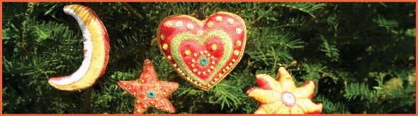 Needlework Christmas decorations   